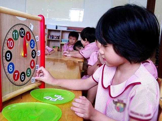 5 loại đồ chơi cho bé gái giúp phát triển trí thông minh
