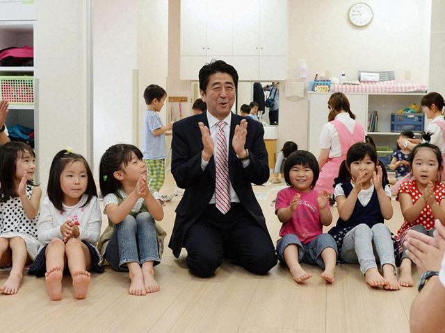 Cách giáo dục một đứa con chăm chỉ và có trách nhiệm của người Nhật được thế giới bội phục