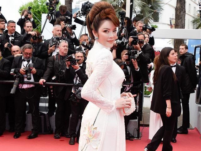 Cuối cùng, tà áo dài Việt Nam cũng giúp Lý Nhã Kỳ trở thành tâm điểm tại Cannes 2018