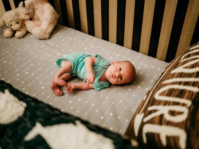 Em bé kỳ diệu được ra ngoài thế giới một lần trước khi chính thức chào đời