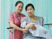 Lời kể của sản phụ sinh con trên xe cấp cứu