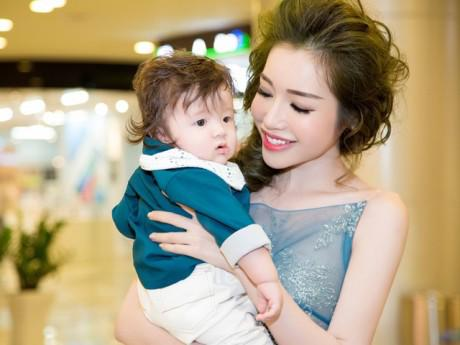 Tăng Thanh Hà, Elly Trần và các bà mẹ showbiz thấy mình thay đổi thế nào từ khi có con?