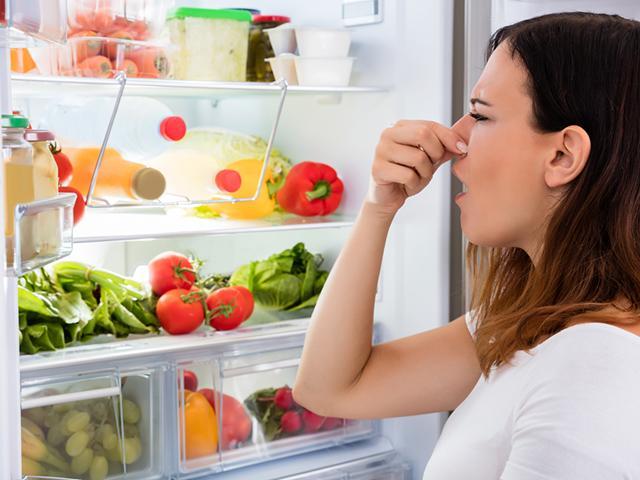 Đồ ăn thừa đã nguy hại, bảo quản sai còn nguy hơn! Dừng 6 thói quen cất trữ tai hại