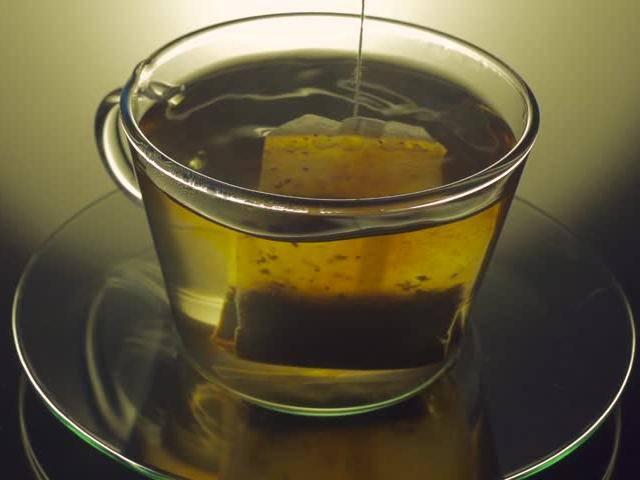 Cốc trà oan nghiệt cướp mạng sống của sinh linh trong bụng bạn gái cũ