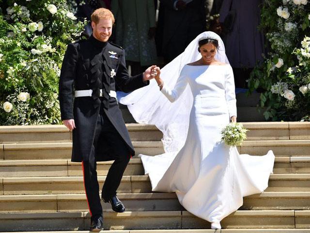 10 điều ít ai biết về chiếc váy cưới của nàng lọ lem Meghan Markle