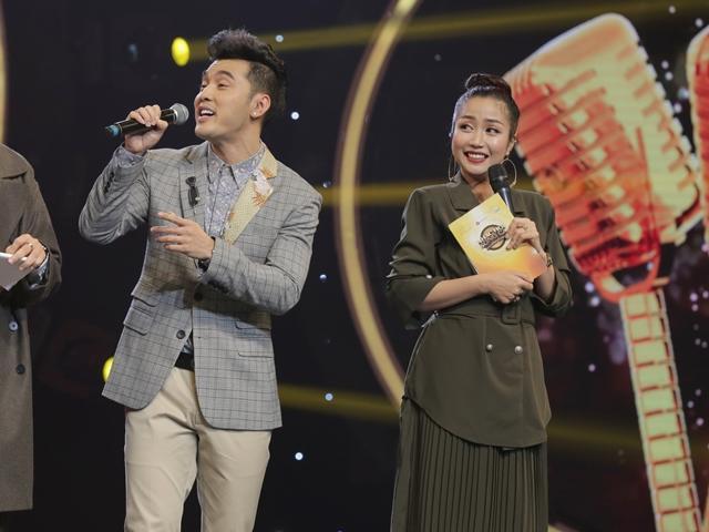 Được vợ yêu chống lưng, Ưng Hoàng Phúc chiến thắng trên show truyền hình