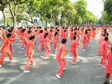 Vinamilk Sure Prevent tiếp tục đồng hành cùng người cao tuổi tại TP. Hà Nội