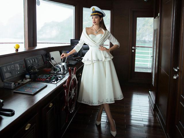 Có một nàng thủy thủ xinh đẹp, sang chảnh mang tên Phạm Hương!