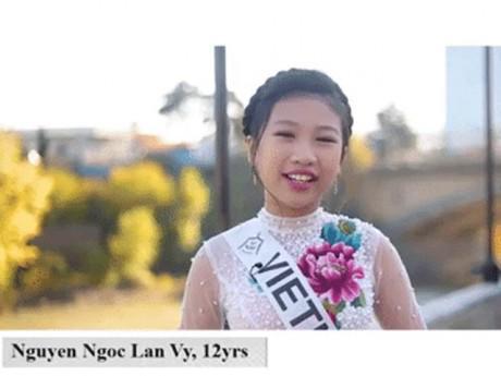 Hóa ra không chỉ 13 tuổi cao 1m72, Hoa hậu Hoàn vũ nhí còn bắn Tiếng Anh như gió