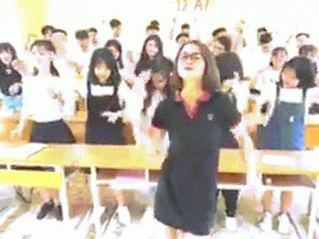 Sự thật clip cô giáo làm cơ trưởng cùng học sinh quẩy tung lớp học gây xôn xao