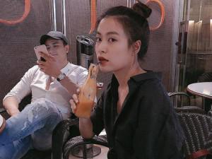 """Người hâm mộ """"sốt xình xịch"""" khi Hoàng Thùy Linh công khai hình ảnh bên Vĩnh Thụy"""