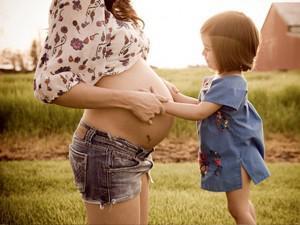 3 tháng cuối thai kỳ, em bé trong bụng mẹ đang làm gì?