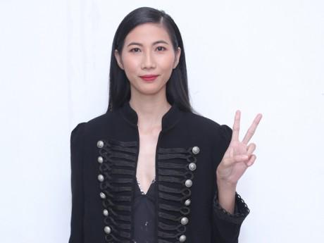 """Cô mẫu từng bị gọi """"bộ xương di động"""" xinh đẹp bất ngờ trước mặt Hồng Nhung, Hồng Vân"""