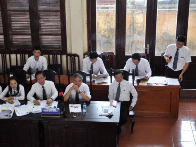 Luật sư phát hiện Bộ Y tế sửa câu hỏi của cơ quan điều tra, buộc tội bác sĩ Lương