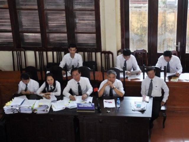 Xử vụ BS Hoàng Công Lương: Tiết lộ sốc về giá chạy thận của Bệnh viện Hòa Bình