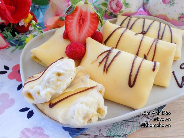 Mẹ ra tay làm ngay bánh crepe sầu riêng ngon mát, thơm lừng, con vui miệng ăn không ngừng nghỉ