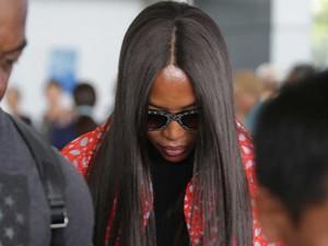 Báo đen Naomi Campbell tới Việt Nam nhưng né tránh truyền thông