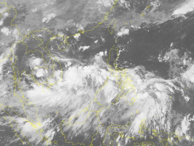 Áp thấp nhiệt đới giật cấp 8 hoành hành trên biển Đông, khả năng mạnh lên thành bão