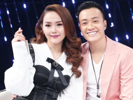 Cặp đôi Minh Hằng - Lương Mạnh Hải tái xuất tình tứ trên sóng truyền hình