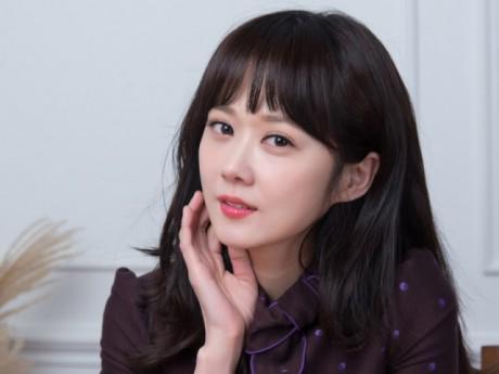 """Gần 40 mà trẻ như gái đôi mươi, bảo sao Jang Na Ra không bị gọi là """"yêu quái"""""""