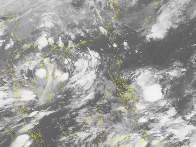Tin thời tiết 4/6: Áp thấp nhiệt đới sắp mạnh lên thành bão, miền Trung mưa như trút