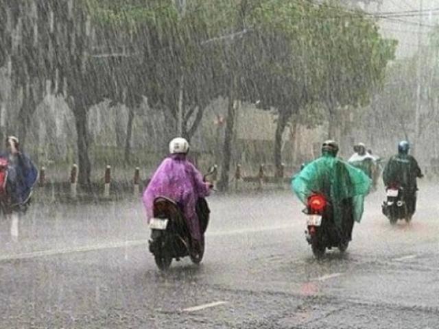 Tin mới bão số 2: Bão hướng thẳng vào Trung Quốc, cảnh báo mưa lớn từ Thanh Hóa đến Huế