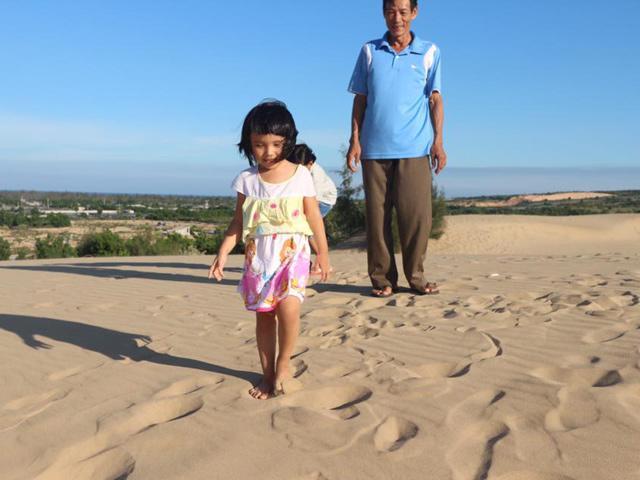 [Bài dự thi - MS 37] Dắt con đi chơi: Mỗi bước đi là một bước trưởng thành