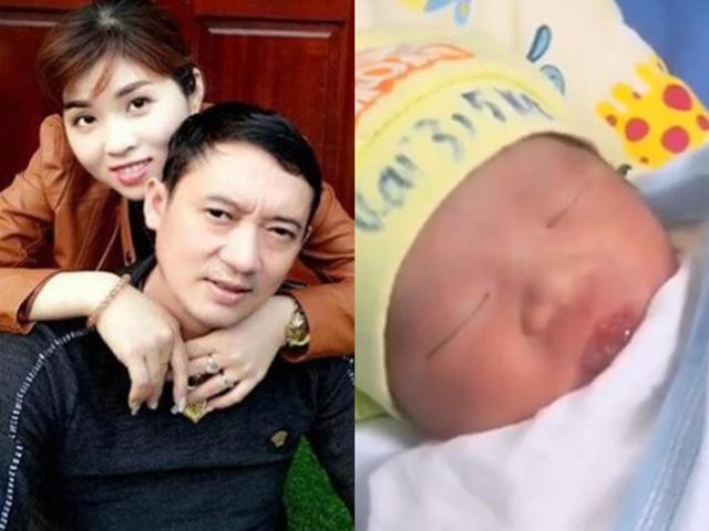Danh hài Chiến Thắng khoe clip cận mặt con trai mới sinh với vợ 3 kém 15 tuổi