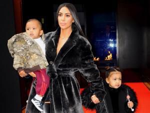 """Thị phi là thế nhưng cách dạy con của Kim Kardashian """"siêu vòng 3"""" ai cũng phải nể"""