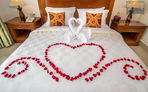 5 cách trang trí phòng cưới đơn giản nhưng đẹp ấn tượng cho cặp đôi sắp cưới - 1