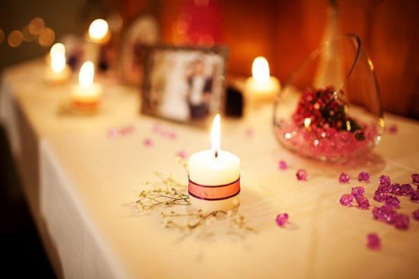 5 cách trang trí phòng cưới đơn giản nhưng đẹp ấn tượng cho cặp đôi sắp cưới - 4