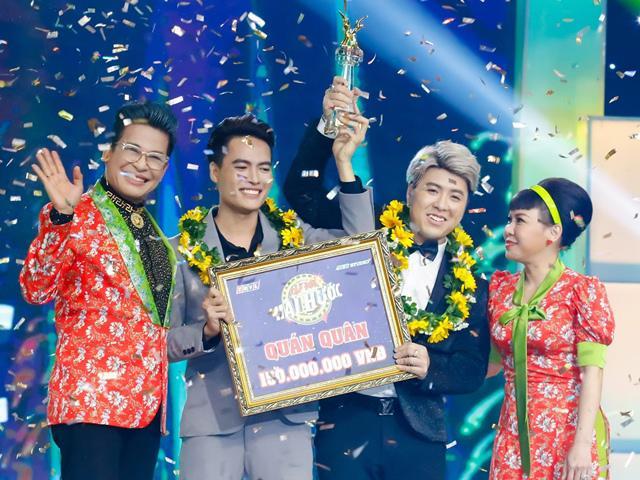 Làm giám khảo khóc nấc, Akira Phan và Quán quân Cười xuyên Việt 2017 đoạt ngôi Cặp đôi hài hước