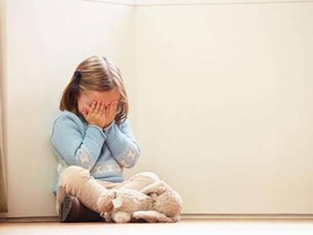 Rơi nước mắt câu chuyện người vợ ly hôn: mỗi khi con ngã đều khóc gọi Bố ơi cứu con!