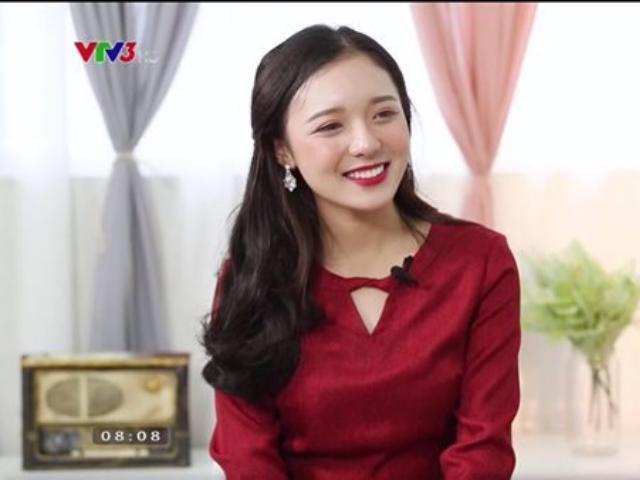 Vẻ đẹp trăng tròn trong ngần của nữ MC mới của đài VTV