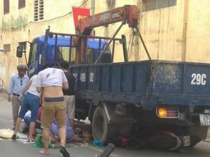 Lùi xe khiến 3 mẹ con thai phụ chết thương tâm, tài xế xe tải khai gì?