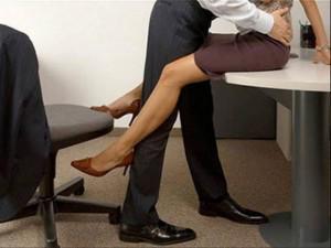 Những công việc khiến bạn dễ ngoại tình nhất