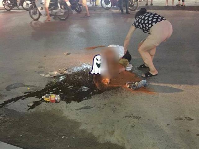 Đánh ghen ở Thanh Hóa: Kiều nữ bị lột đồ, xát muối ớt, đổ cả can nước mắm lên người