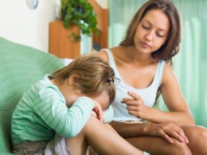 3 nguyên tắc bố mẹ phải nhớ để cùng con vượt qua giai đoạn khủng hoảng trong yêu thương