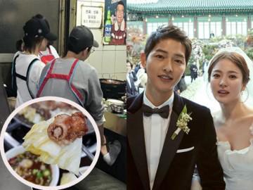 """Không ngờ sang chảnh như vợ chồng Song Joong Ki cũng """"say như điếu đổ"""" món lòng nướng"""