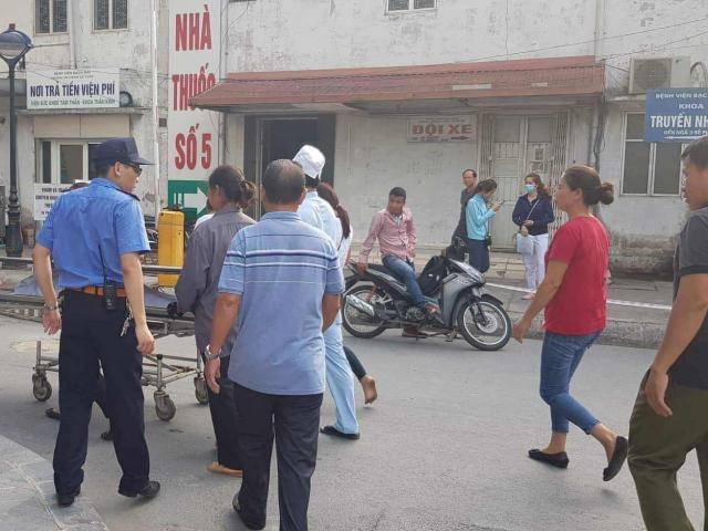 Hà Nội: Nữ bệnh nhân tử vong bất thường tại BV Bạch Mai khi nội soi phế quản
