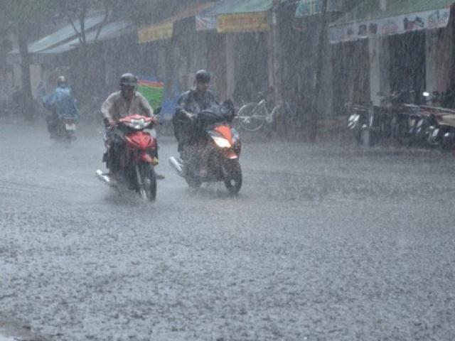 Tin mới thời tiết 15/6: Cuối tuần Hà Nội thời tiết mát mẻ, chiều tối có mưa to và dông