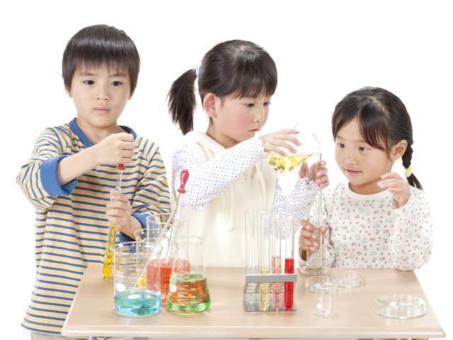 Những loại đồ chơi thông minh cho bé giúp phát triển trí não vượt bậc - 1