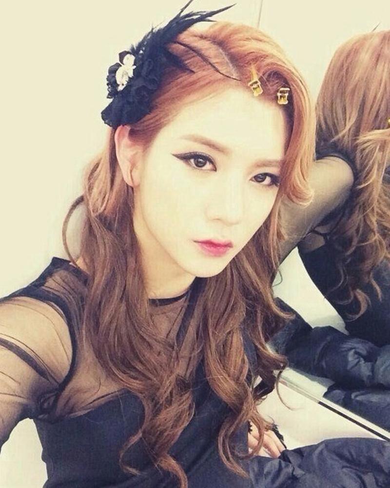 Vẻ đẹp của Choi Min Ki khiến nhiều mỹ nhân phải chào thua khi anh chàng giả gái.