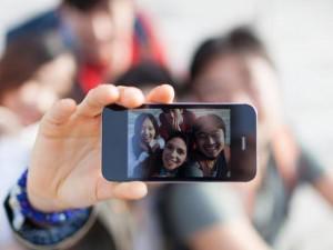 """""""Thủ sẵn"""" 3 bí quyết selfie này thì bức ảnh nào của nàng chẳng thu được nghìn like"""