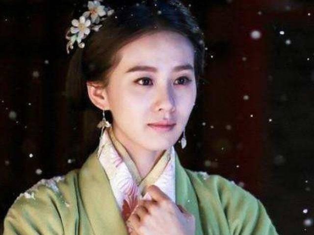 Hoàng hậu duy nhất phế một chân, mù một mắt vẫn được Hoàng đế hết mực yêu chiều