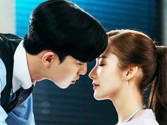 Hồi hộp vì được hôn Park Min Young, sếp cực phẩm gây ra tai nạn dở khóc dở cười