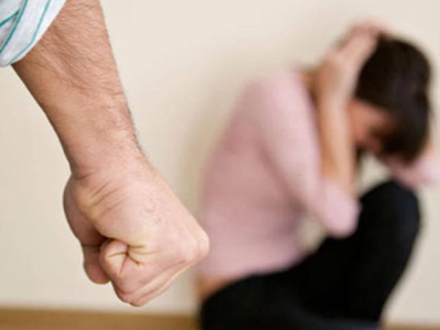 Nhiều lần đánh vợ nhập viện nhưng vẫn nói… còn thương vợ