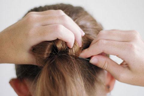 Búi tóc đơn giản kiểu Ballet chỉ với 11 bước - 7