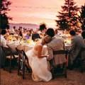 Thời trang - Tiệc cưới ngoài trời lãng mạn mà tiết kiệm