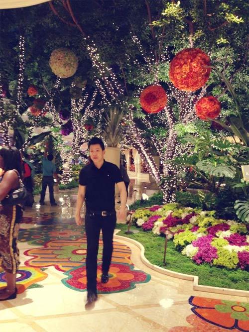 thuy vinh rang ngoi hanh phuc ben con trai - 2